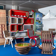 Ecodesign Collection Lessmore di Giorgio Caporaso all'Info point dei Mondiali di Canottaggio